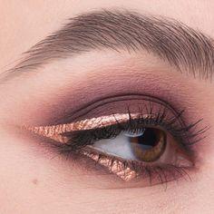 Graphic glam using all @nablacosmetics (dreamy palette and comet dazzle liner) #eyeliner #eyeshadow #nabla #inssta_makeup