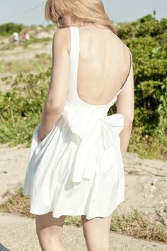 The Stash: 10 Wedding Dresses with Pockets under $1000