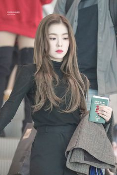 Red Velvet - Monsters Of Kpop Seulgi, Red Velvet アイリーン, Red Velvet Irene, Red Velvet Hair Color, Kpop Fashion, Korean Fashion, Fashion Outfits, Airport Fashion, Red Valvet