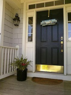 front door paint colors - Want a quick makeover? Paint your front door a different color. Here's some inspiration for you. Front Door Paint Colors, Best Paint Colors, Painted Front Doors, Front Door Design, Front Door Decor, Best Front Doors, Black Front Doors, Solid Doors, Feng Shui