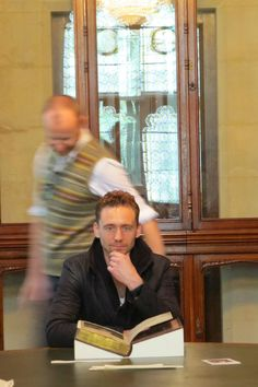 "I think that's mark gattis behind him! To which I respond, ""please! Oh, please!!!!! Let him be in an episode of Sherlock!!!"" :D"