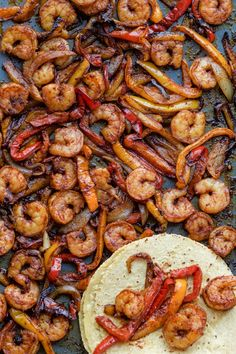 Oven Baked Shrimp Fajitas - Two Sisters Kitchens These might be the BEST fajitas you will ever try. The spices are just perfect and they are so simple to make. Cilantro Recipes, Shrimp Recipes, Mexican Food Recipes, Ethnic Recipes, Shrimp Meals, Shrimp Pasta, Asian Recipes, Chicken Recipes, Baked Shrimp