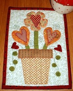Heart Bouquet mug rug or picture - you decide.  The hanging sleeve on the back means this pretty-as-a-picture mug rug is just that.