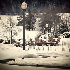 "@zen_goddess's photo: ""The fire pit @ the Omni Mount Washington. #newhampshire, #mountwashington, #omnihotels, #snow, #firepit #OmniEscape"