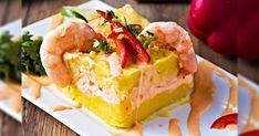 Causa Rellena de Camarones: cómo preparar, receta fácil | Gastronomía | Comida peruana | Lifestyle | Wapa.pe Peruvian Recipes, Relleno, Pie, Cooking Recipes, Desserts, Food, China, Gastronomia, Olives
