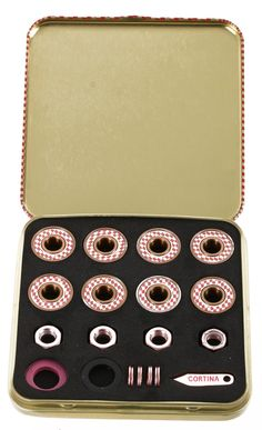 conceived in the USA and designed in Europe for skating worldwide. These premium bearings are a collaboration between Andy Netkin and Requiem For A Screen, a skate art project by UK artist Nathaniel Jones. Skateboard Room, Skateboard Bearings, Skate Art, Gold Set, Skateboards, Skating, Rose Gold, Stuff Stuff, Roller Blading