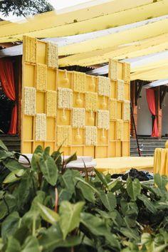 ideas wedding decorations indian entrance bridal lehenga for 2019 Indian Wedding Stage, Wedding Stage Backdrop, Wedding Stage Decorations, Engagement Decorations, Backdrop Decorations, Stage Backdrops, Backdrop Ideas, Indian Bridal, Mehendi Decor Ideas