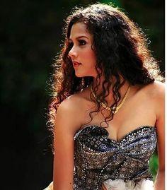 Tiara Chairani Puteri Indonesia 2015 Contestant