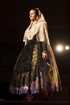 Regional, Valencia, Dresses, Fashion, Folklore, Victorian Dresses, Fiestas, Patterns, Vestidos