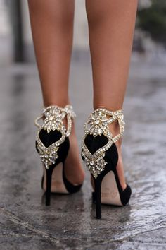 Jewels and high heels www.ScarlettAvery.com