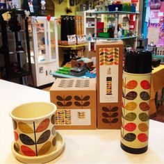 Lovely Orla Kiely pot and flask, perfect for her!  #OrlaKiely #WildandWolf…