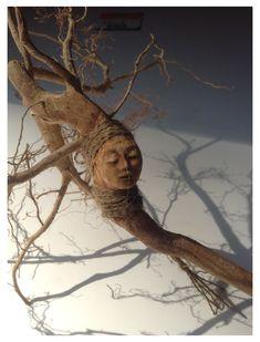 Tree spirit doll by artist Kaveman 2013 Tree spirit doll by artist Kaveman 2013 Paperclay, Driftwood Art, Photo On Wood, Green Man, Nature Crafts, Altered Art, Sculpture Art, Art Dolls, Folk Art