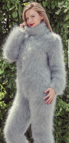 Fluffy Sweater, Angora Sweater, Gros Pull Mohair, Ribbed Dress, Winter Suit, Catsuit, Ladies Dress Design, Sweater Outfits, Suits For Women