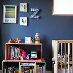 Clever kids' room storage
