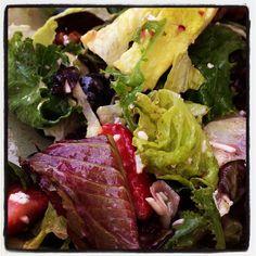 @lisalovelyskin: Harvest salad and roasted veggies...yum!!! #greatskingreatlife