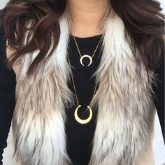 Start your year off with stylish layered necklaces and a cozy faux fur vest! We love your #stelladotstyle @aprilspaeth!