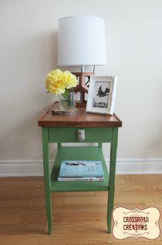A Table for Spring #DIY #furniturepaint #paintedfurniture #spring #endtable #samplejar #rustic #homedecor - blog.countrychicpaint.com