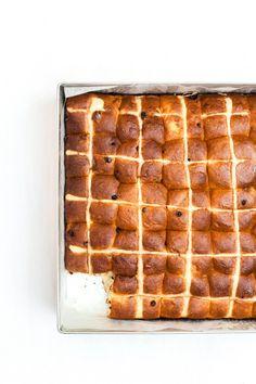 hot cross brioche buns