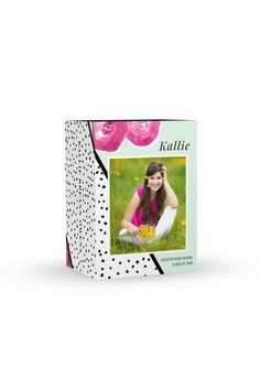 This designer image box collection pairs with our Posie Avenue graduation announcement set. Posie features custom watercolor flowers, chic striped and dotted patterns, and positively girlie, fun soft mint accents. This collection is the perfect fit for your beautiful, bright senior girl sessions. Collab between Swoone & Amanda Holloway.