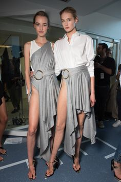 Anthony Vaccarello Spring 2016 Ready-to-Wear Fashion Show Beauty