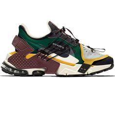 #hypebeast #sneakers #kicks #shoes #nike #adidas #yeezy #jordan #fashion #sneakersfemme #sneakershomme #unisex #streetwear #modestreetwear #modetendance #basketnikefemme #streetwearfashion #airmax #airforce #chaussures #chaussuresnike #chaussuresjordan #chaussuresretro #stockx #stockxsneaker Mode Streetwear, Streetwear Fashion, Hypebeast Sneakers, Basket Nike, Custom Sneakers, Black Sandals, Asics, Swag, Street Wear