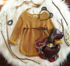 Doc Martens - What are they and how do you wear them? Little Girl Outfits, Little Girl Fashion, Fashion Kids, Toddler Fashion, Fashion Clothes, Cheap Fashion, Fashion Fall, Dress Clothes, Style Fashion