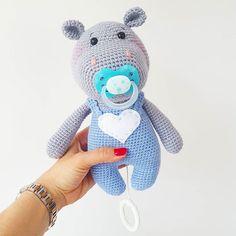 "Ben the Baby Hippo wants to say ""Hi"" Pattern/Anleitung coming soon #amaloudesigns #pattern #anleitung #comingsoon #babyhippoben #dollmaker #doll #dolls #handmadetoy #crochetlove #crochet #crocheting #crochetart #etsyshop #etsystore #etsyseller #craftastherapy #crochet #toddlerlife #toddler #family #happy #baby #spieluhr"