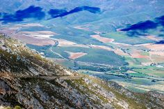 A view from the Swartberg pass facing south near Outshoorn, South Africa. South African Recipes, My Land, Africa Travel, Great Places, Travel Guide, Grand Canyon, Places To Visit, Country, Diversity