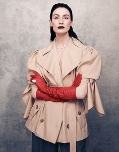 Model Erin O'Connor is styled by Nic Jottkandt in Matt Holyoak images for Harper's Bazaar Taiwan April Makeup by Adam de Cruz; hair by Rudy Marmet Fashion 2017, Fashion Models, High Fashion, Erin O'connor, Harpers Bazaar, Pattern Mixing, Contemporary Fashion, Female Art, Editorial Fashion
