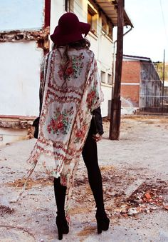 Long boho chic floral kimono for a modern hippie look. FOLLOW this board now http://www.pinterest.com/happygolicky/the-best-boho-chic-fashion-bohemian-jewelry-gypsy-/ for the BEST Bohemian fashion trends for 2015.