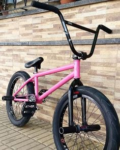 It looks awesome. - Bmx Bikes - Ideas of Bmx Bikes - It looks awesome. Bmx Bike Parts, Skateboard Parts, Bmx Bicycle, Cycling Quotes, Cycling Art, Bmx 20, Bmx Frames, Women's Cycling Jersey, Cycling Jerseys