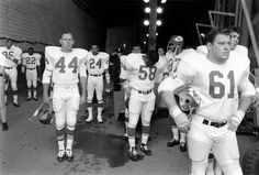 The First AFL-NFL World Championship Game in professional American football, later known as Super Bowl I and referred to in some contempora. Nfl Championships, One Championship, Super Bowl I, Bart Starr, American Football League, Defensive Back, Billie Jean King, Kansas City Chiefs, Rare Photos