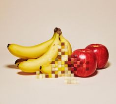 Japanese art director, Yuni Yoshida has created a surrealist series in which collections of food appear to have been manually pixelated. This division into pixels. Photomontage, Food Sculpture, Fruit Photography, Photography Ideas, Photography Degree, Pixel Photography, Photography Lessons, Design Art, Graphic Design
