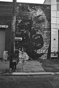 Street art from around the world Street Art Photography, Graffiti Photography, Italian Street, Art Optical, Different Kinds Of Art, Art Deco, Street Art Graffiti, Outdoor Art, Street Artists