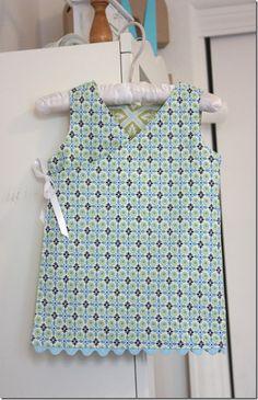Reversible wrap dress tutorial/pattern - free!
