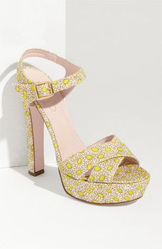 oh hi adorable RED Valentino daisy heels