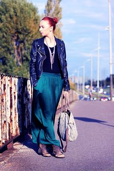 More looks by Karolina Gazela ***: http://lb.nu/modi_modisho  #longskirt #black #jacket #green #deepgreen