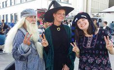 Até minha digníssima tirou foto com alguns mestres. :)
