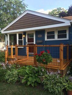 Best New Home Construction 3 Car Garage Roof Gable Vinyl 400 x 300