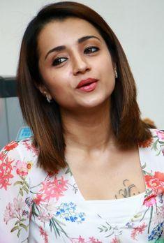 South Indian Actress Photo, Indian Actress Photos, South Actress, Beautiful Indian Actress, Tamil Actress, Bollywood Actress, Hot Actresses, Indian Actresses, Trisha Actress