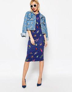 Modest Bug Print Midi Dress
