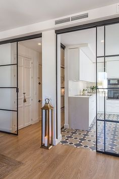 Best pictures, design and decor about kitchen flooring ideas, tile pattern. inexpensive - Kitchen floors for my modern kitchen Interior Design Living Room, Interior Decorating, Kitchen Flooring, Home Decor Styles, Kitchen Design, Kitchen Ideas, Sweet Home, New Homes, Flooring Ideas