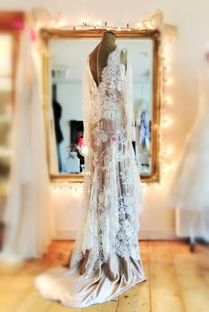 French lace over frosted almond silk satin bohemian style wedding dress by Joanne Fleming Design Bohemian Style Wedding Dresses, Designer Wedding Dresses, Vintage Evening Gowns, Vintage Dresses, Beautiful Gowns, Beautiful Outfits, Beautiful Clothes, Red Carpet Gowns, Wedding Honeymoons