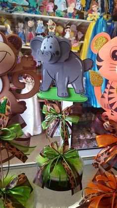 Safari centerpiece Baby shower centerpiece animal themed