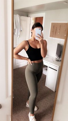 VSCO - maggie-macdonald Best Picture For sporty outfits men For Your Taste You are looking for somet Athletic Outfits, Sport Outfits, Trendy Outfits, Cute Outfits, Fashion Outfits, Athletic Clothes, Athletic Wear, Athletic Style, Athletic Fashion
