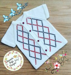 Knitting For Kids, Diy Clothes, Kids Outfits, Sewing, Babys, Instagram, Handarbeit, Diy Clothing, Babies