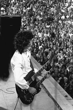 jimmy page looking at the 'ocean'