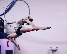 pole dancer britains got talent Aerial Hoop, Lyra Aerial, Aerial Acrobatics, Aerial Dance, Aerial Arts, Aerial Silks, Pole Dancing Clothes, Pole Dancing Fitness, Pole Fitness