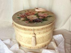 """Купить Шляпная коробка большая в ретро стиле """"Rosemary """". - шляпная коробка, для шляп"""