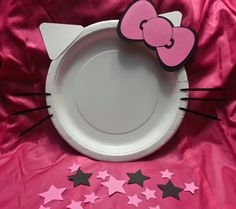 Hello Kitty Theme Party plates and Treat Bags by ALCraftyPants Hello Kitty Theme Party, Hello Kitty Themes, Hello Kitty Cake, Diy Hello Kitty Birthday Party Ideas, Birthday Ideas, Cat Birthday, 6th Birthday Parties, Anniversaire Hello Kitty, Hallo Kitty
